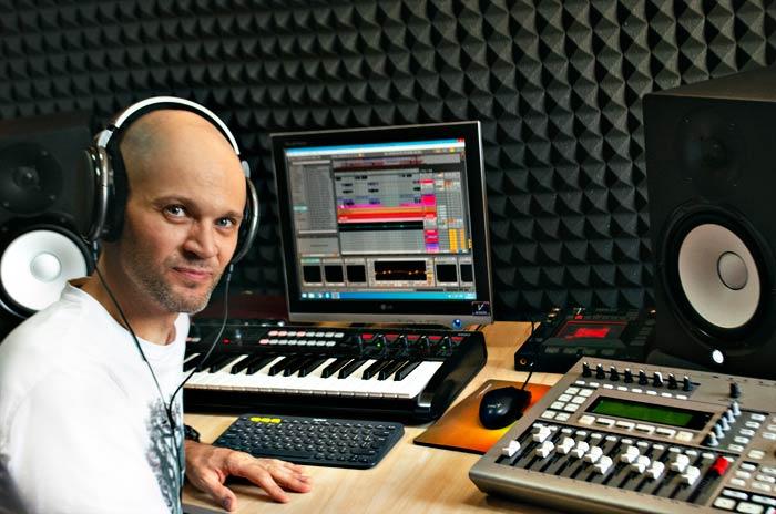 Студия звукозаписи - записать песню в Харькове